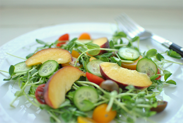 Peach and Pea Sprouts Salad