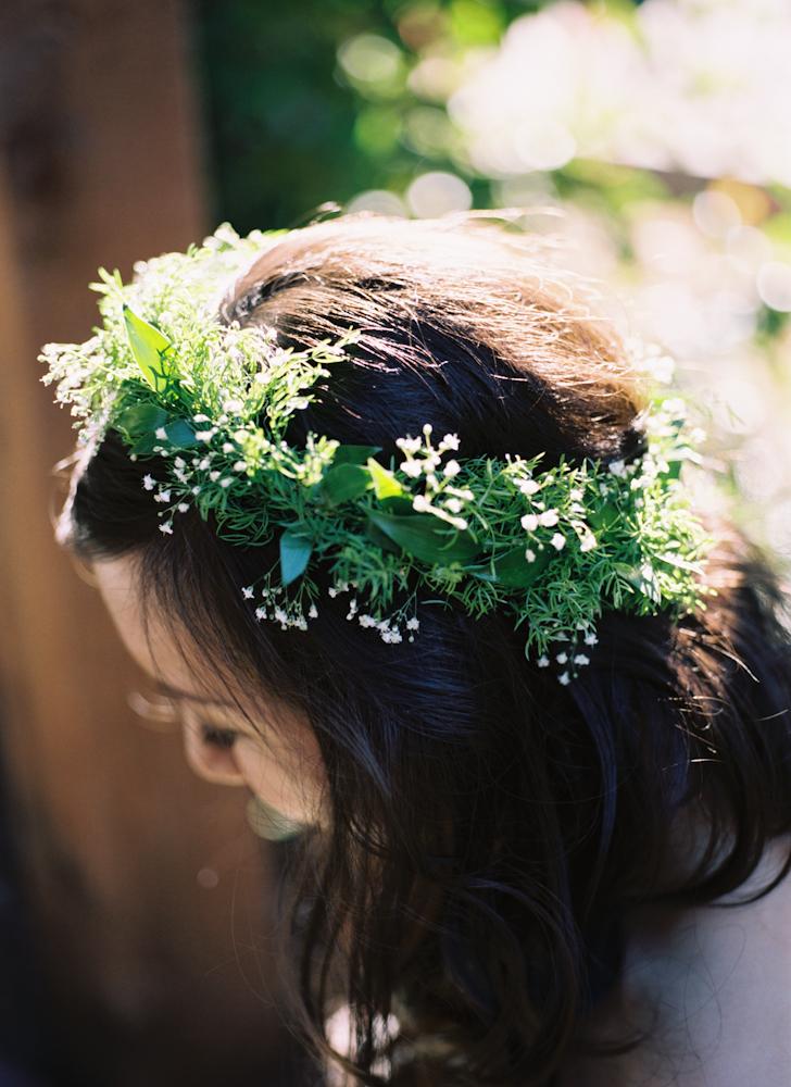 green wedding crown