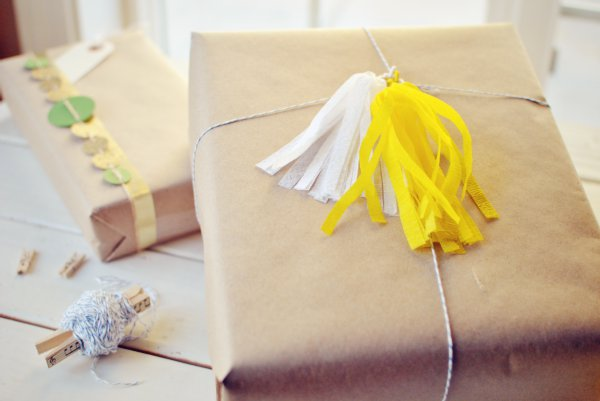 easy DIY gift wrap ideas