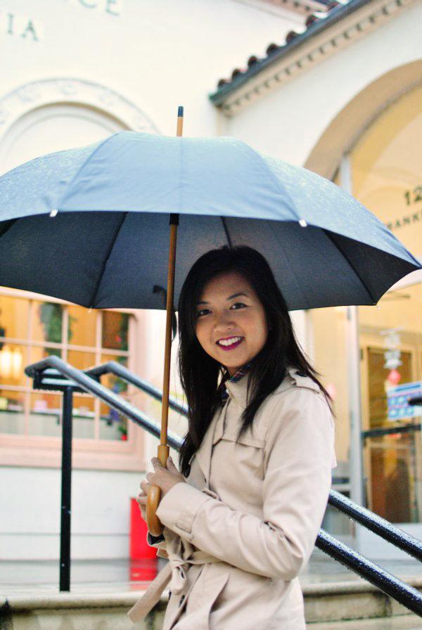 big black umbrella