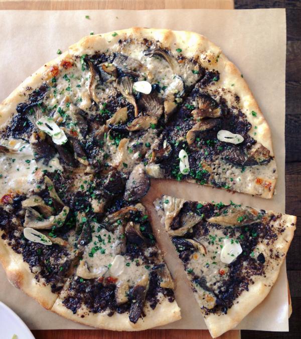 piccino funghi pizza